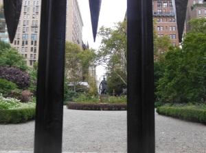 gramercy park - edwin booth statue