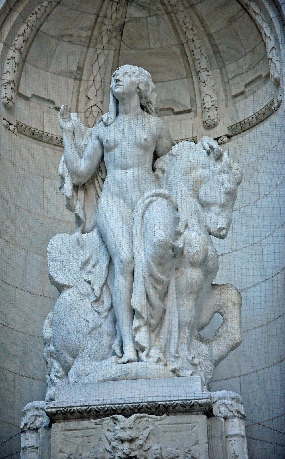 Beauty by sculptor Frederick MacMonnies at the entrance of New York Public Library