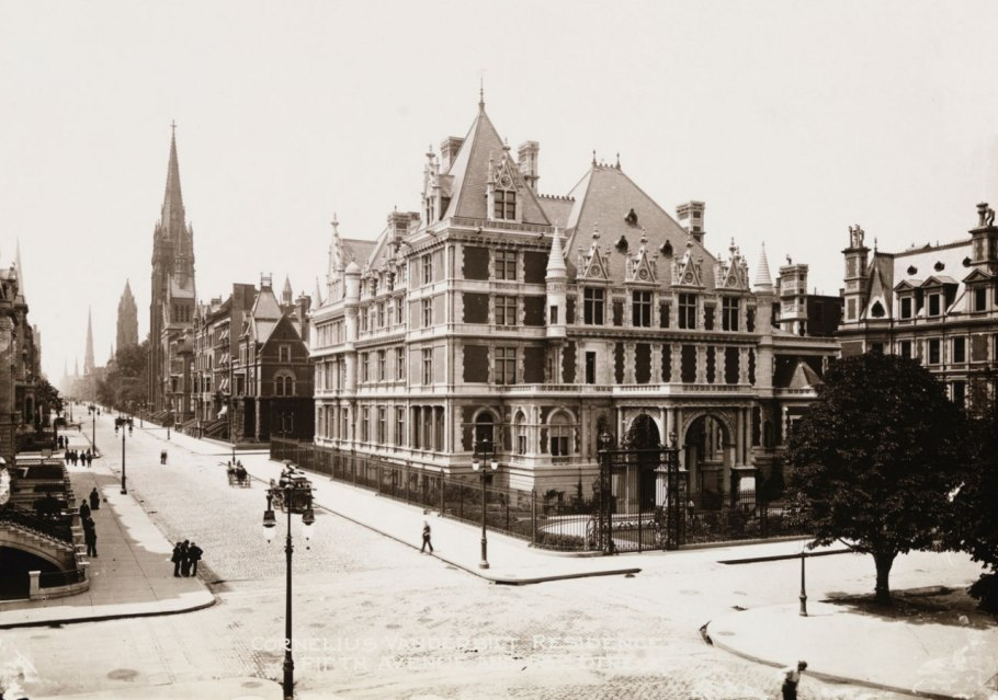 Cornelius Vanderbilt II mansion at the corner of 5th Avenue, 57th Street and Grand Army Plaza, New York 1908