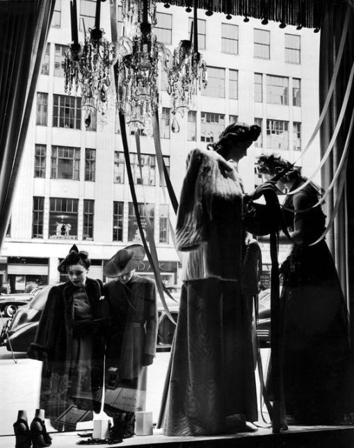 Women window shopping, 1942. Photo: Alfred Eisenstaedt/Time & Life Pictures/Getty Images