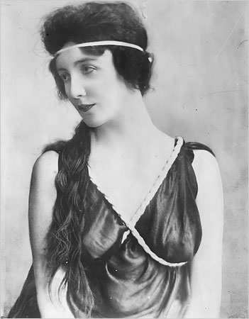 Portrait of Audrey Munson, 1922