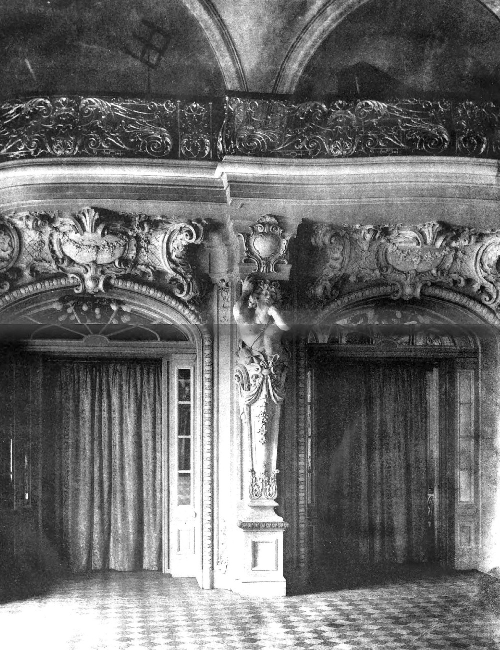Details_of_the_Astor_Gallery_Waldorf-Astoria_hotel_1898