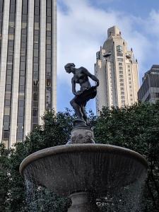 Statue of Pomona, Pulitzer Fountain