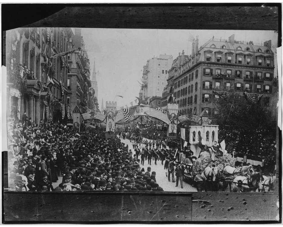 downloaWashington's Centennial arch and parade on Fifth Avenue at 26th Street, April 30, 1889.d