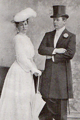 Mr. and Mrs. Henry Symes Lehr on their honeymoon. Source: ETIQUETTEER