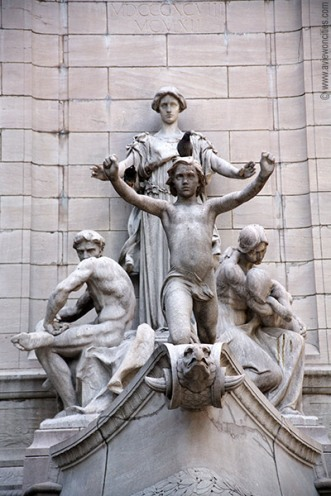 "Peace, Maine Monument at Columbus Circle Photo from ""A view of the Cities"""