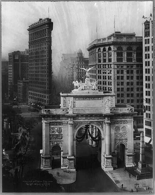 Victory Arch and Flatiron Bldg.