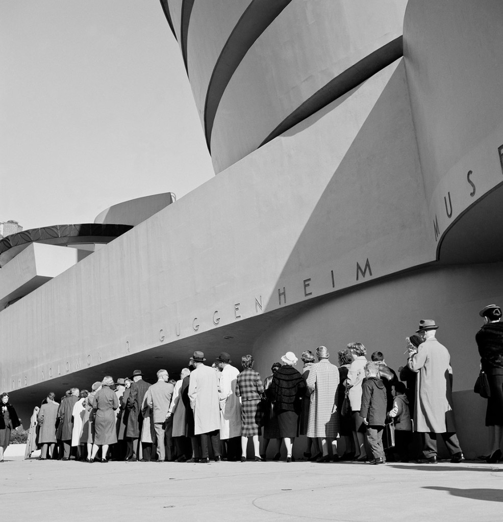 The Guggenheim opens to an enthusiastic public on October 21, 1959